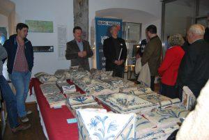 Präsentation des Sfruzer-Ofens während der 80. Bundestagung der Hafner, Platten- und Fliesenleger und Keramiker, 2013, Foto: Claudia Egg